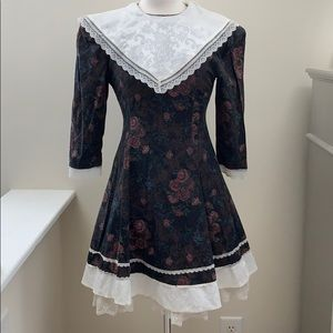 Gunne Sax Prairie Dress Size 12 Black Floral